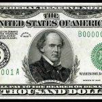 Algunos bancos no venden más de 10.000 dólares y culpan a la AFIP